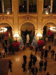 Christmas Fundraiser at The Breakers Vanderbilt Mansion at Newport RI #VisitRhodeIsland