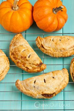 Pumpkin Pasties (Hand Pies) - Harry Potter fans will go crazy. Pumpkin fans will adore them. Flaky, all-butter crust. Sweet cinnamon-y pumpkin filling.