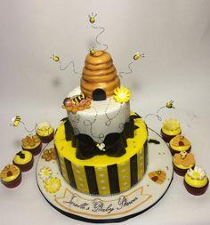 What will it beeeeee bumble bee gender reveal cake