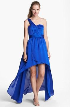 Gorgeous blue high-low dress.