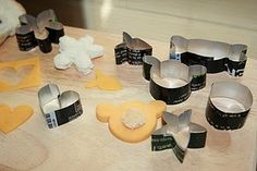 make your own cookie cutters from soda cans