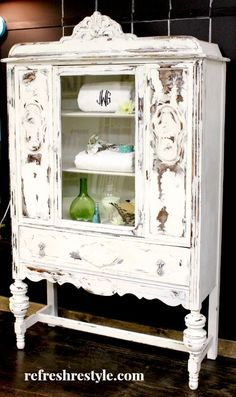 LOVE this Antique Painted Furniture Makeover | White, Heavy Distress | DIY Home Decor Decorating