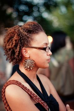 natural hair try this hairstyle