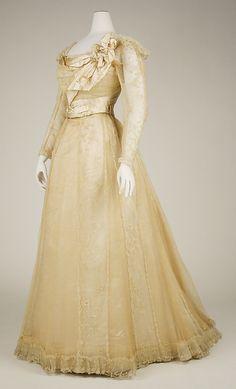 Evening dress. Jeanne Allais, 1898-1900. Metropolitan