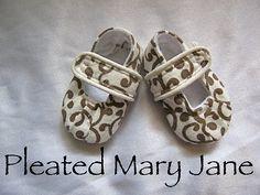 Pleated Mary Jane shoe