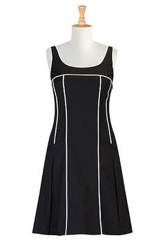 Tipped trim shift dress