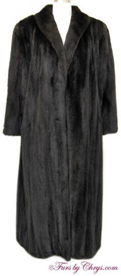 Ranch Mink Coat #RM712; $1600.00; Excellent Condition; 12 - 16. This is a gorgeous genuine natural ranch mink fur coat in a luxuriously long length. It has Giorgio Sant'Angelo - Robert Sidney label and features a shawl collar and lightly padded shoulders.  A copy of an appraisal which shows the replacement value to be $4500 will be included with your purchase. The fur of this mink coat is very silky soft and very shiny; it appears to have been very rarely worn and is in immaculate condition.