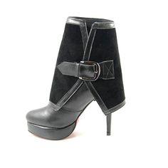Christian Louboutin,Louboutin shoes