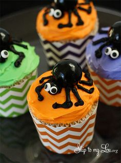 Make these cute little spider cupcakes at home for a Halloween party or fun dessert #halloween #recipe #spider skiptomylou.org