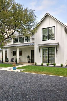 Sherwin Williams Snowbound white paint color. Modern farmhouse exterior colors
