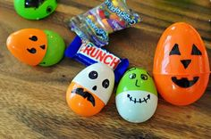 The Cheese Thief: Reuse Easter Eggs for Halloween Decorations - @Jess Van Allen this could be a cute/easy way to do a different Halloween lunch
