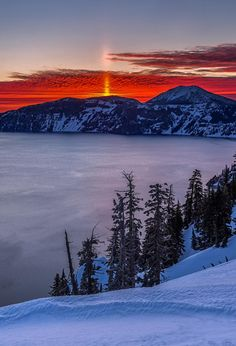 unwrittennature: Crater Lake Sun Spire Toby Harriman