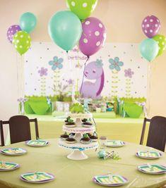 girly-dinosaur-birthday-party