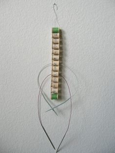 What a great way to organize your Circular Knitting Needles. Love to try it.