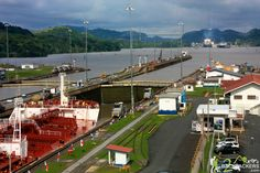 Panama Travel – Panama Canal, Miraflores Locks