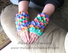 Crocodile St gloves - Meladora's Creations Free Crochet Patterns & Tutorials