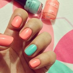 Mint & Coral Nails