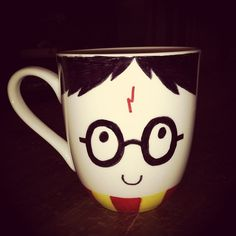 DIY Harry Potter Sharpie Mug - cute gift for Harry Potter fans......plain sharpies do not work... have to have oil-based sharpies!