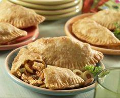 Recipe Chicken Empanadas Puerto Rican  ( Recetas Puertoriqueñas ) puerto rico, food, meat, empanada puerto, puerto rican, empanada recip, chicken empanada, filipino recipes, recipe chicken