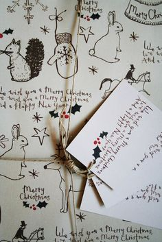 J & B THE SHOP LONDON — Illustrated Christmas Wrapping paper