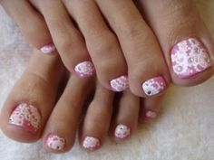 Chic Toe Nail Art Ideas for Summer - A perfect looking pedicure can do wonders for your overall look when you're wearing a stylish pair of heels or flats, so make sure you're sporting the chicest toe nail art designs by drawing inspiration from the following cool styles!