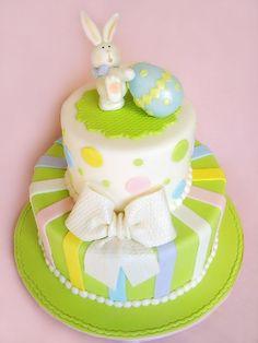 Easter bunny cake. So cute.