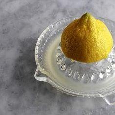 How to Make Lemon Cayenne Pepper Detox Drink