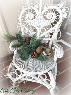Christmas Potting Bench by Ash Tree Cottage, via Flickr