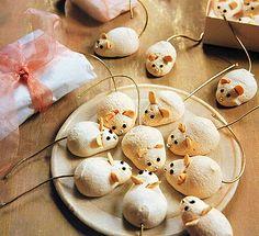 Sněhové Myšky (Traditional Czech Mouse Cookies)