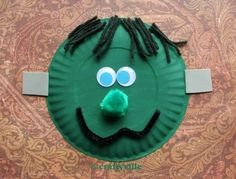 Preschool crafts halloween on pinterest halloween crafts for Paper plate crafts for adults