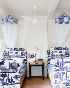 Gingham & toile.