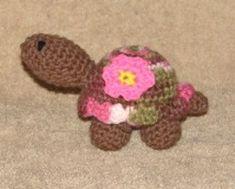 Petunia Turtle - free crochet pattern