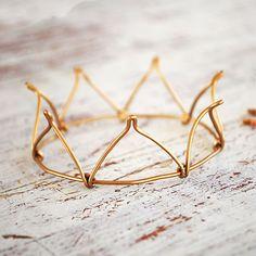 Dainty princess crown, wire crown