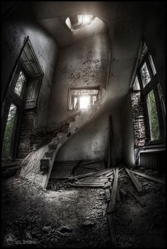 Chateau De Noisy (Miranda Castle) Belgium  ~ ♥ #abandoned #ruins #architecture