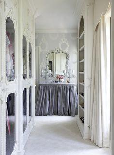 gorgeous dressing room