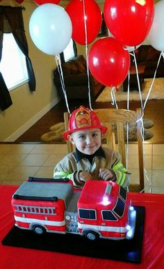 Sara Elizabeth: Custom Cakes & Sweets. Cake Tutorial: 3D Firetruck Cake! Sculpted cake, fondant, and gumpaste, with working lights.