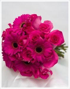 gerbera daisy wedding bridesmaid bouquet - use yellow roses