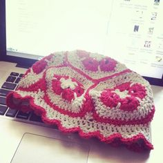 african flower #crochet hat