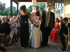 ALL BRIDES SHOULD READ THIS!!! Wedding Ceremonies: 8 Tips for Walking Down the Aisle