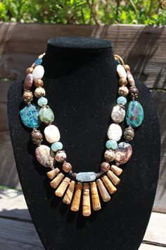Chunky Southwestern / Western Cowgirl Beaded Stone Jasper Agate Necklace / Earring SET Womens. $62,00, via Etsy....... LOVE THIS