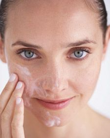Brighten your complexion with fresh, feel-good, do-it-yourself facial masks and scrubs that reveal clear, glowing skin.