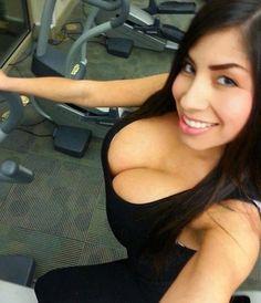 Busty Fitness Babe Selfshot