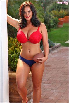 Sarah Nicola Randall fetisssssssh, ddd, curvaciousnesssss, beauti, bbw, arman, big, curvi, curvalici