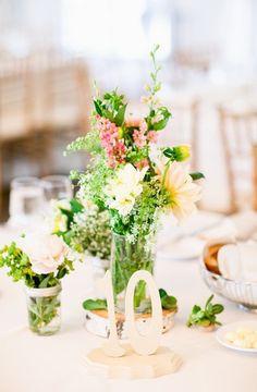 Garden wedding centerpiece