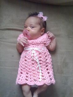 Free Crochet Pattern Preemie Clothes : Preemie patterns on Pinterest Smocking Plates, Knitting ...