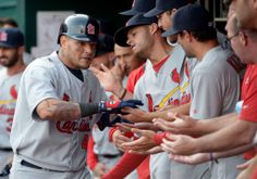 Molina's HR leads Cardinals over Reds 1-0.