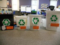 A great Earth Day activity to teach children about recycling in the classroom! It's also great for matching/sorting/categorization.