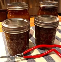 Homemade Old Fashioned Apple Butter