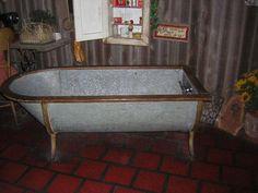 galvanized horse trough shower | Old Metal Bathtub