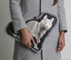 Cat purse, OK hahaha. But rabbit fur cat purse, no so hahaha